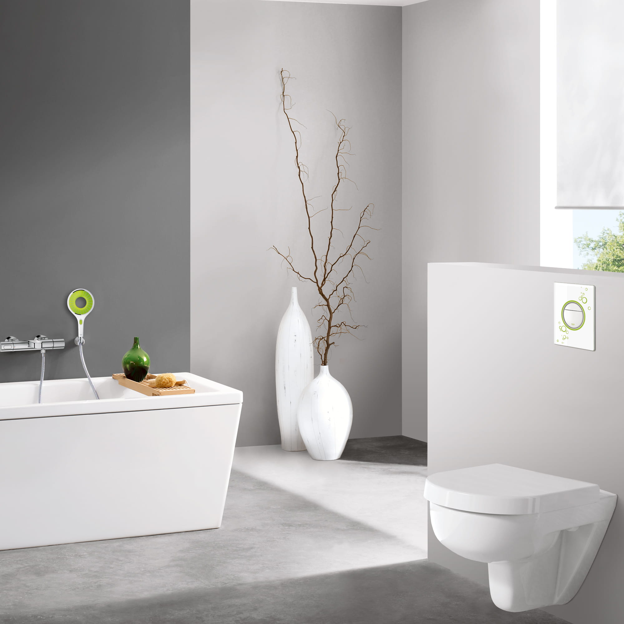 GROHE Toilet with green accents