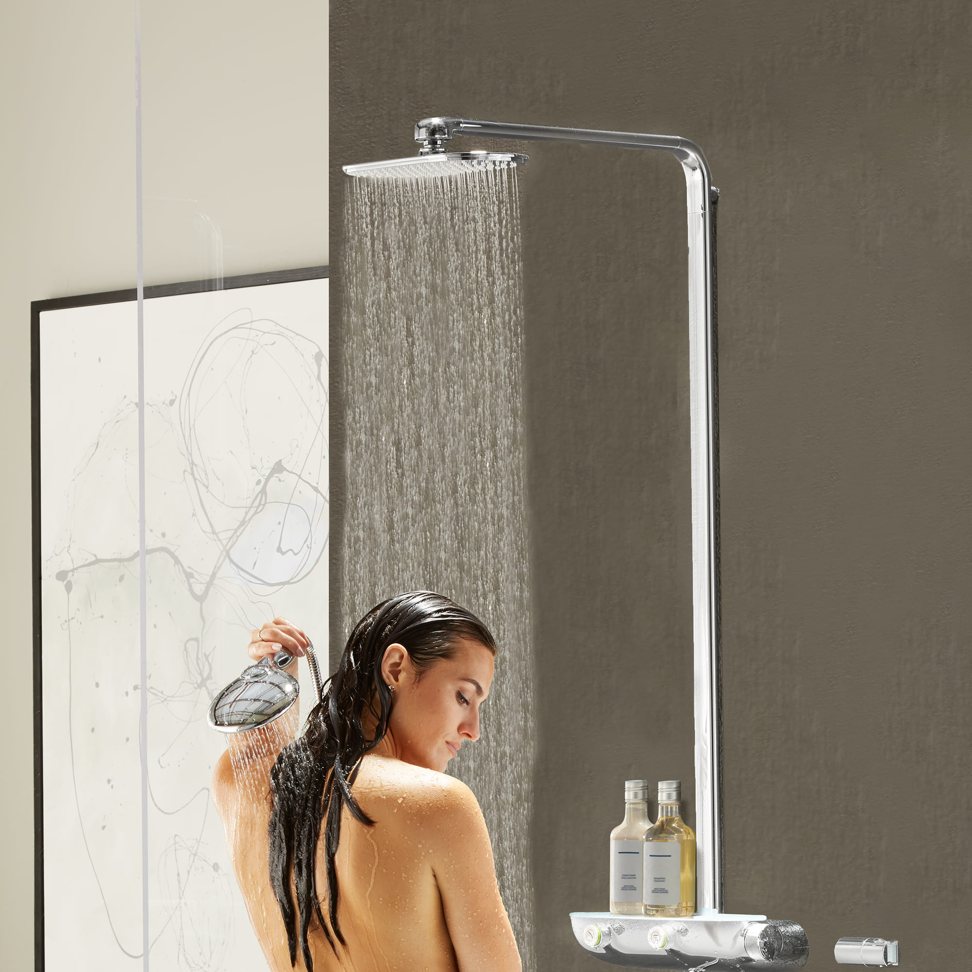 GROHE shower with model